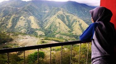 Cerita rakyat di balik keunikan gunung nona di Kabupaten Enrekang (Liputan6.com/ Eka Hakim)