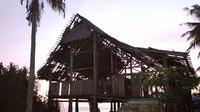 Foto: Lepo Gete, rumah raja peninggalan kerajaan Portugis di Desa Sikka, Kabupaten Sikka, NTT yang kondisinya memprihatinkan (Liputan6.com/Dion)