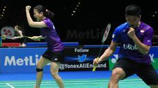 Pasangan ganda campuran Indonesia, Praveen Jordan dan Debby Susanto, merayakan keberhasilnya lolos ke semi final All England 2016. (PBSI/Nafielah)