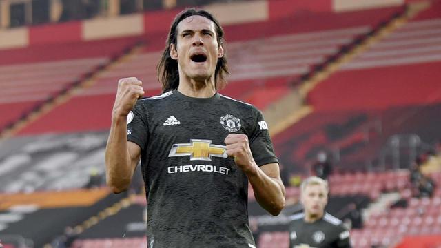 Foto Liga Inggris: Edinson Cavani Gemilang, Manchester United Comeback Sempurna atas Southampton