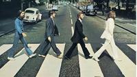Sampul album The Beatles, Abbey Road yang ikonik. (dok.Instagram @bevey57/https://www.instagram.com/p/B06UWbSAsCF/Henry)