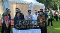 Presiden Joko Widodo (Jokowi) menghadiri acara Festival dan Pameran Burung Berkicau Piala Presiden Jokowi 2018.