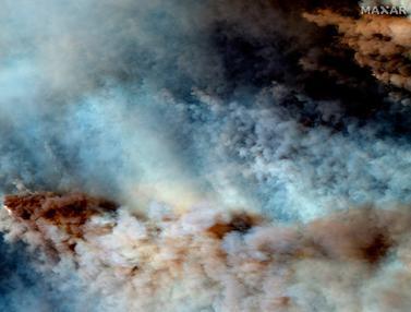 Kebakaran Hutan Australia dari Citra Satelit