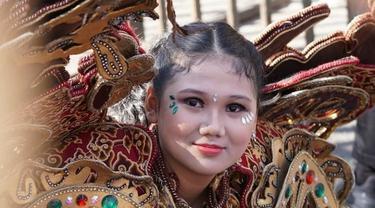 Hanifa Yusriyah penyandang autisme yang aktif ikuti berbagai karnaval.