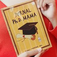 Buku Jurnal Ph.D. Mama./Copyright Endah