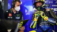 Pembalap Yamaha, Valentino Rossi saat mengikuti sesi tes di Sirkuit Jerez, Spanyol. (Twitter/Yamaha)