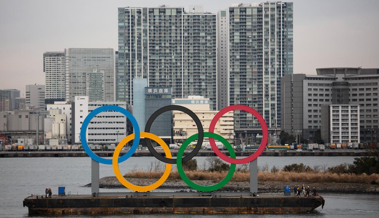 FOTO: Cincin Olimpiade Raksasa Mejeng di Tokyo - Bola ...