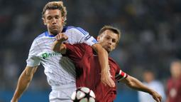 Sheva sapaan akrabnya mengawali karier sebagai seorang pemain profesional pada musim 1994/1995 bersama klub papan atas Ukraina, Dynamo Kyiv. (Foto: AFP/Sergei Supinsky)