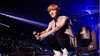 Luhan `EXO` dikabarkan telah menikah, bahkan telah memiliki seorang anak. Benarkah itu?