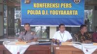 Polda DIY menangkap dua tersangka penganiayaan anak TK di Yogyakarta