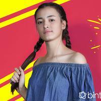 HL Celeb Bio Mawar Eva de Jongh (Fotografer: Bambang E. Ros, Desain: Nurman Abdul Hakim /Bintang.com)