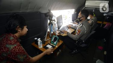 FOTO: Pelayanan SIM Keliling di Masa Pandemi COVID-19