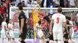 Total lima laga sudah dilakoni Inggris di Euro 2020. Mereka sukses mencetak delapan gol tanpa sekali pun kebobolan. (Foto:AP/Andy Rain,Pool)