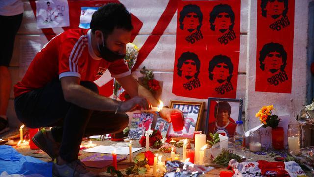 FOTO: Duka Mendalam Rakyat Argentina Usai Diego Maradona Meninggal Dunia