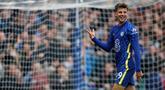 Mason Mount sukses mencetak hattrick dalam pertandingan ini, termasuk mencetak gol pembuka sekaligus penutup pertandingan. (AFP/Adrian Dennis)
