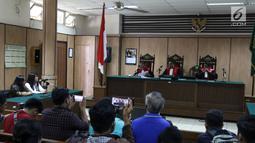 Suasana sidang cerai mantan gubernur DKI Jakarta Basuki Tjahaja Purnama atau Ahok di PN Jakarta Utara, Jakarta, Rabu (4/4). Majelis hakim juga memberikan hak asuh anak kepada Ahok. (Liputan6.com/Arya Manggala)