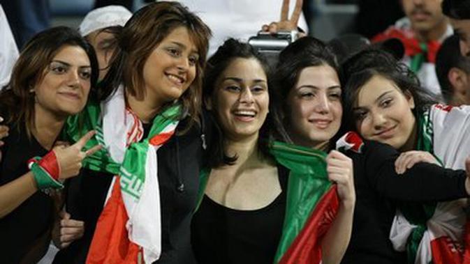 Fans Wanita Iran