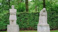 Patung The Parents untuk korban perang dunia I (Wikipedia)